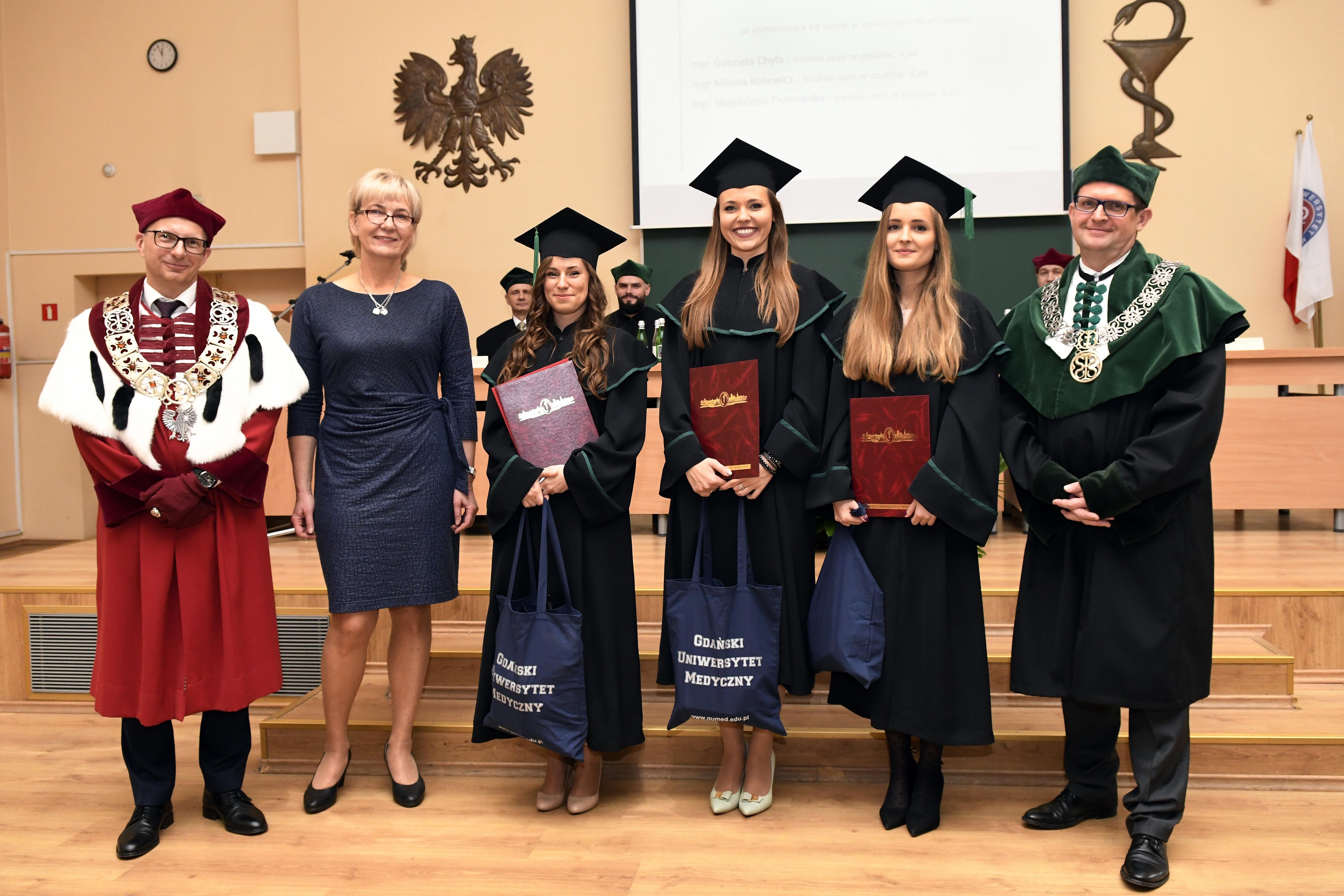 8 listopada br. w Gdańskim Uniwersytecie Medycznym odbyło się dyplomatorium absolwentów analityki medycznej.