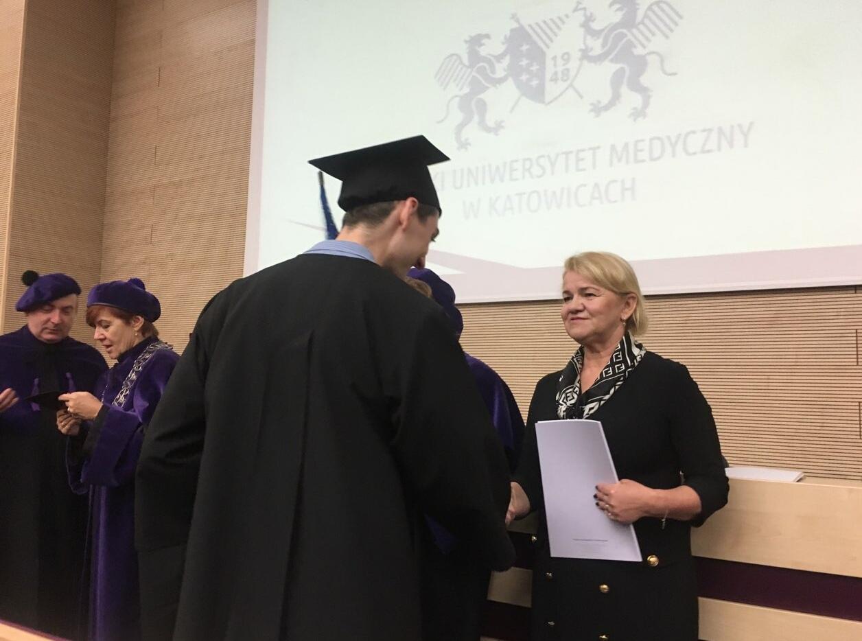 W Sosnowcu odbyło Dyplomatorium absolwentów analityki medycznej Śląskiego Uniwersytetu Medycznego.