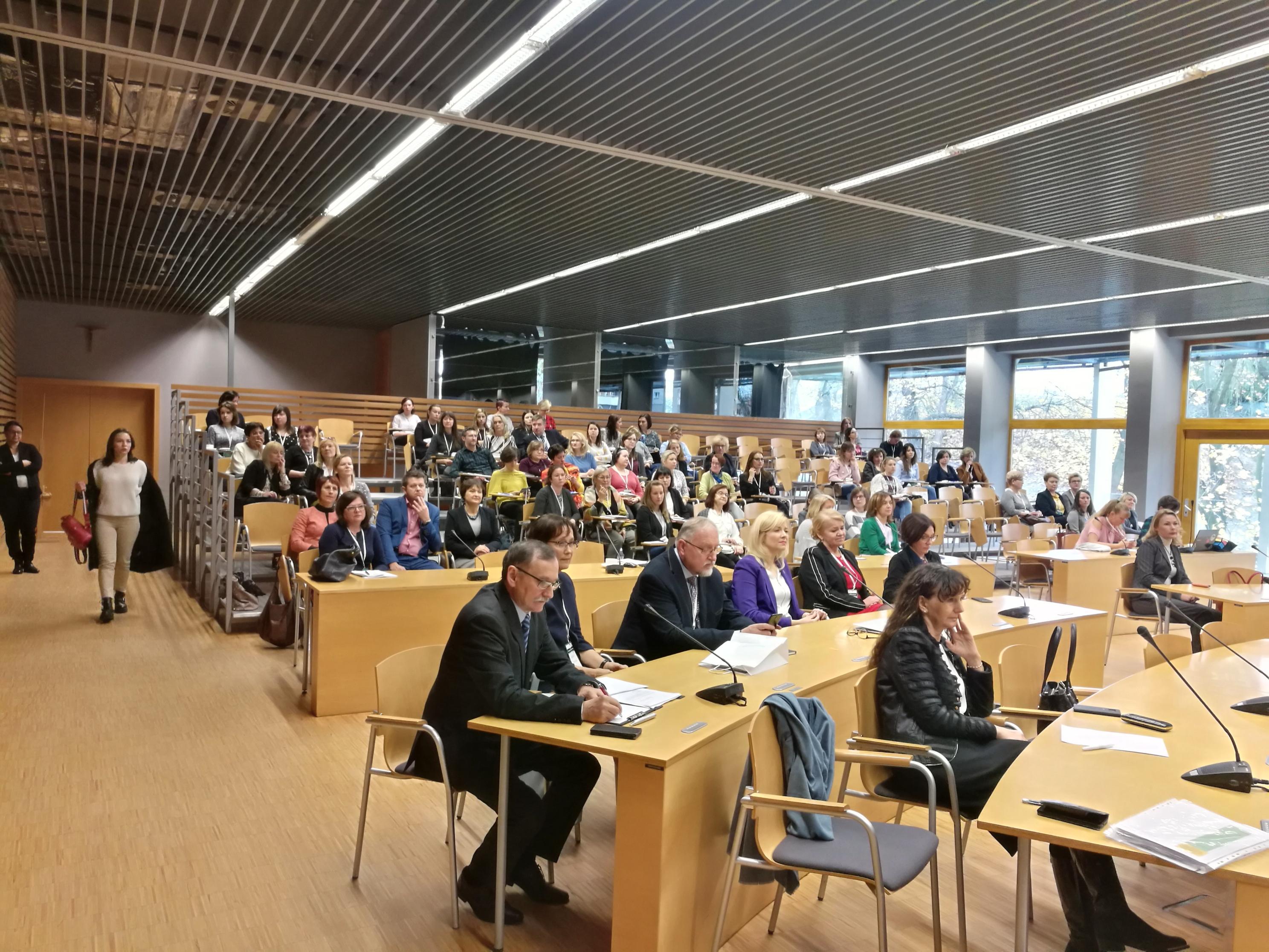 """12 listopada w Urzędzie Marszałkowskim w Opolu odbyła się kolejna konferencji z cyklu """"Medycyna laboratoryjna – interdyscyplinarna rola MLD w systemie ochrony zdrowia""""."""