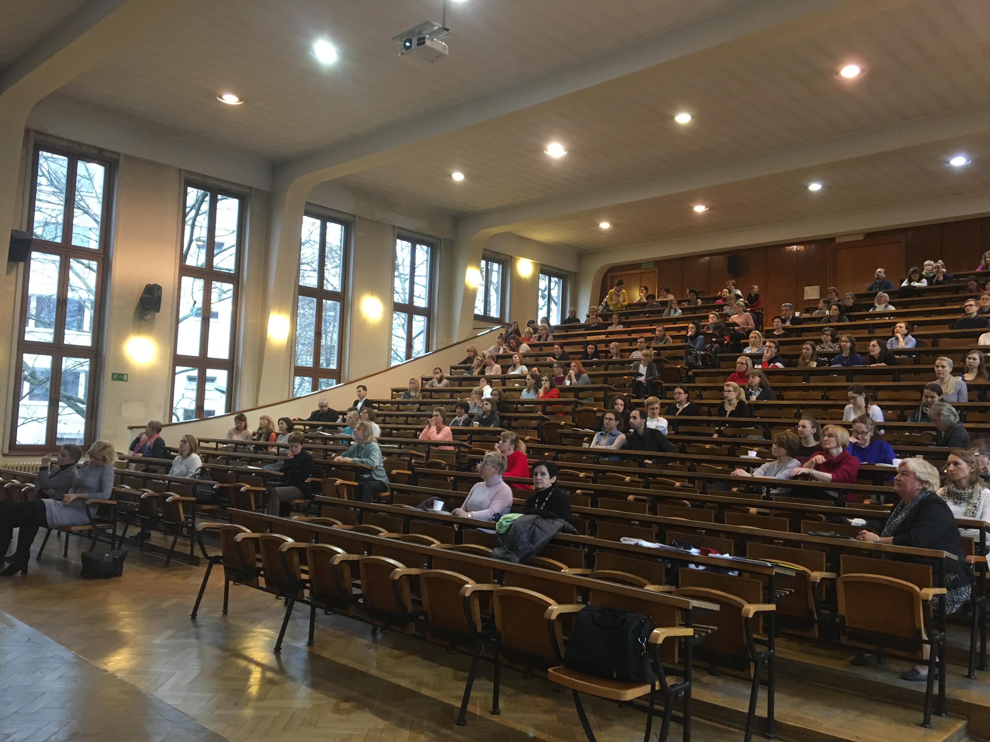 W Krakowie odbyło się spotkanie szkoleniowe organizowane przez krakowski oddział Polskiego Towarzystwa Diagnostyki Laboratoryjnej i Polskie Towarzystwo Mikrobiologów.