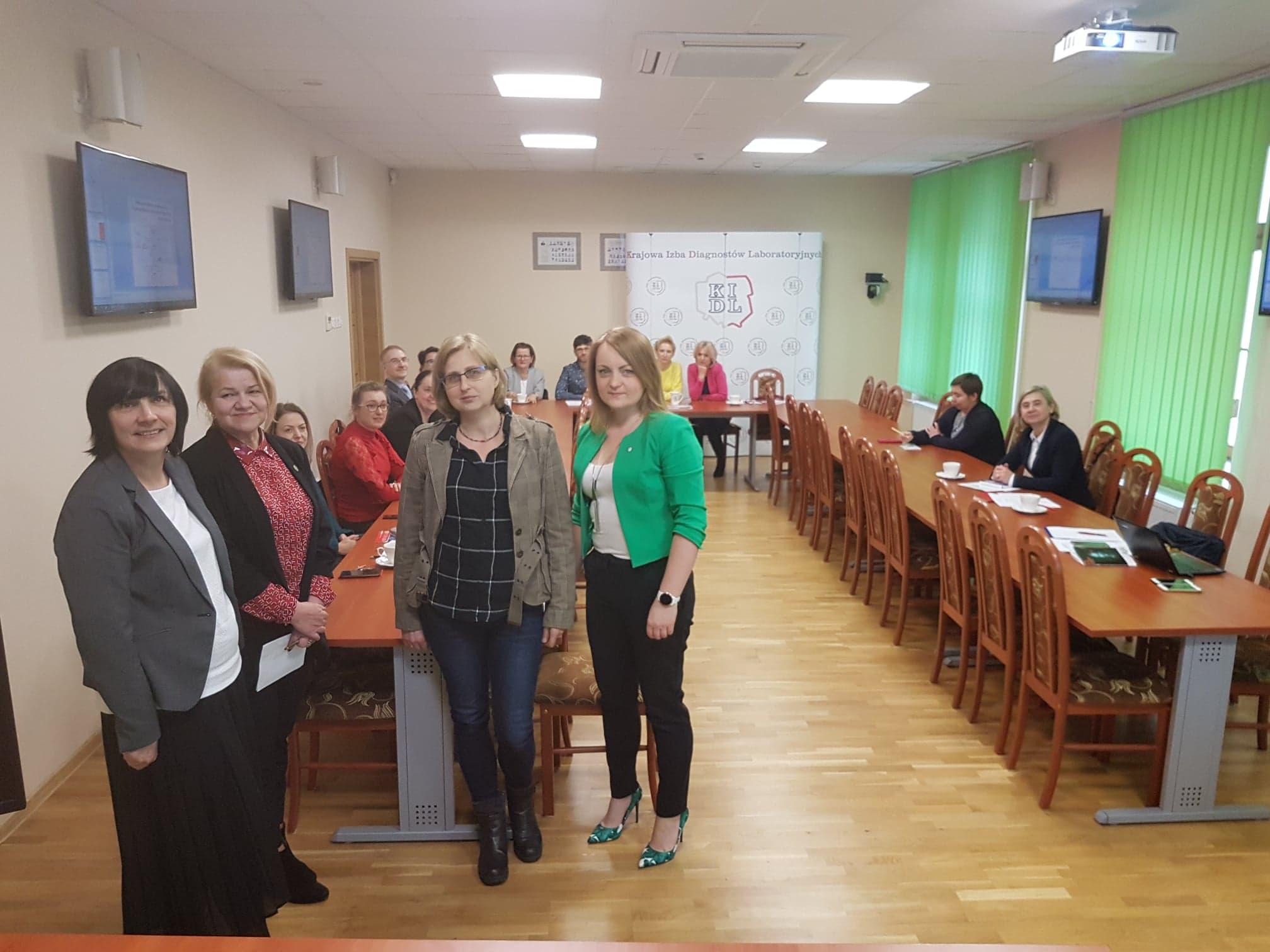 W siedzibie KIDL odbyło się spotkanie Komisji do spraw diagnostyki toksykologicznej oraz przedstawicieli wszystkich jednostek w Polsce prowadzących diagnostykę toksykologiczną.