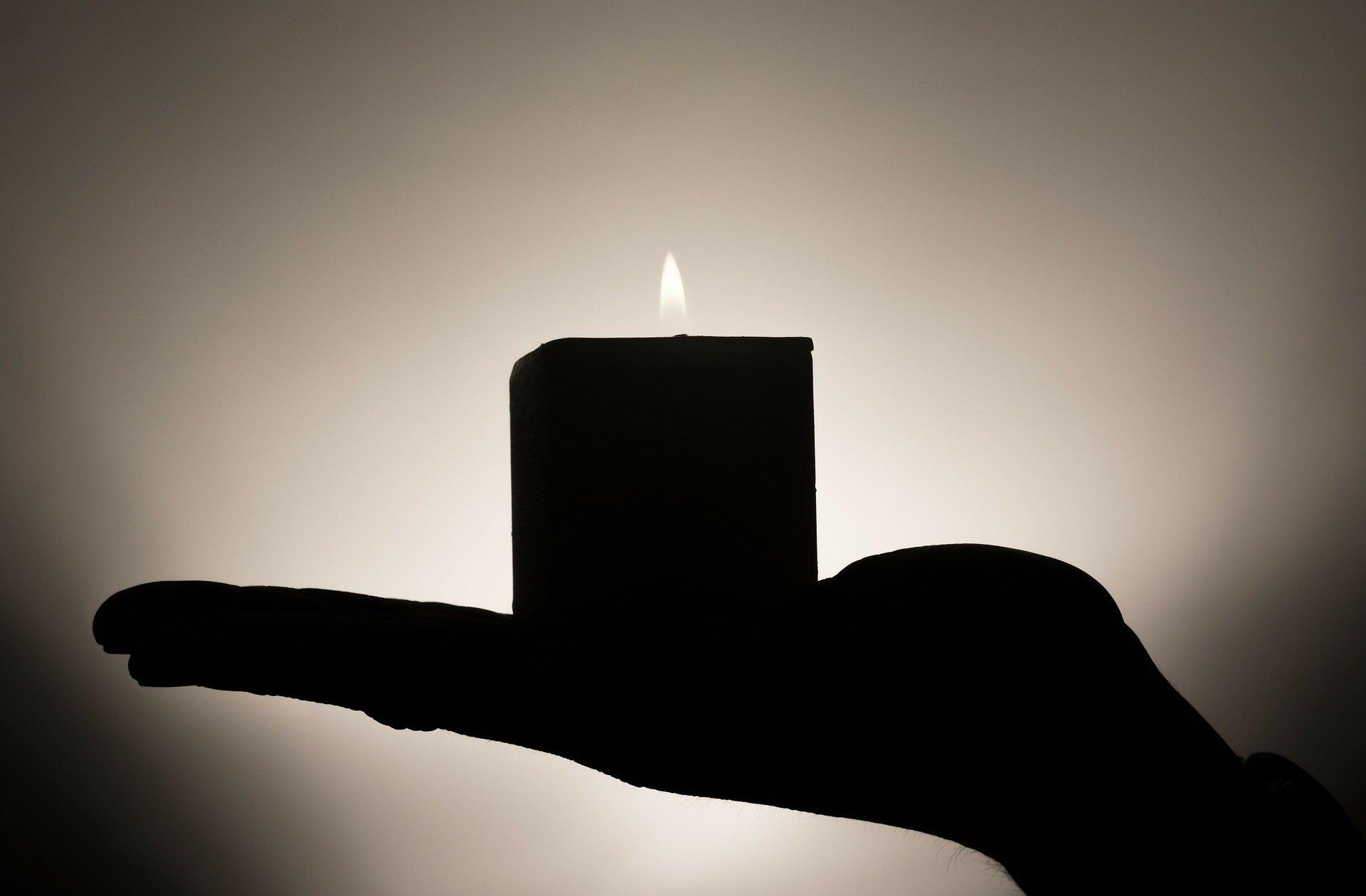 Z wielkim smutkiem informujemy, iż zmarł ojciec sekretarz KRDL Doroty Krawieckiej.